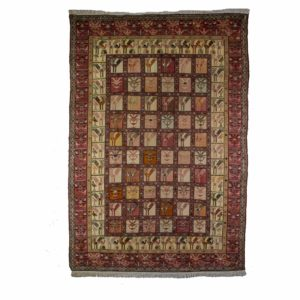 Persian Silk Sumack Rug with Silk on Cotton. Small Bird design Motifs.