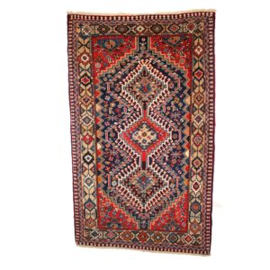 Persian Yalameh Rug with wool on wool and three centre motif medallions
