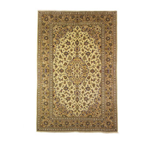 Persian Kashan Rug with cream background. Wool on cotton and floral motif.
