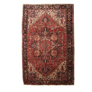 Heriz carpet Very nice and old vegetable dye rug. Perfect condition.