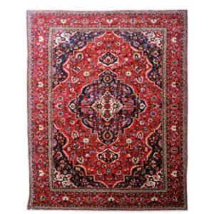 Persian Bakhtiari carpet with floral