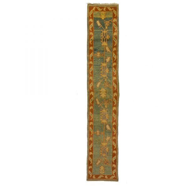 turkish long runner with large motif